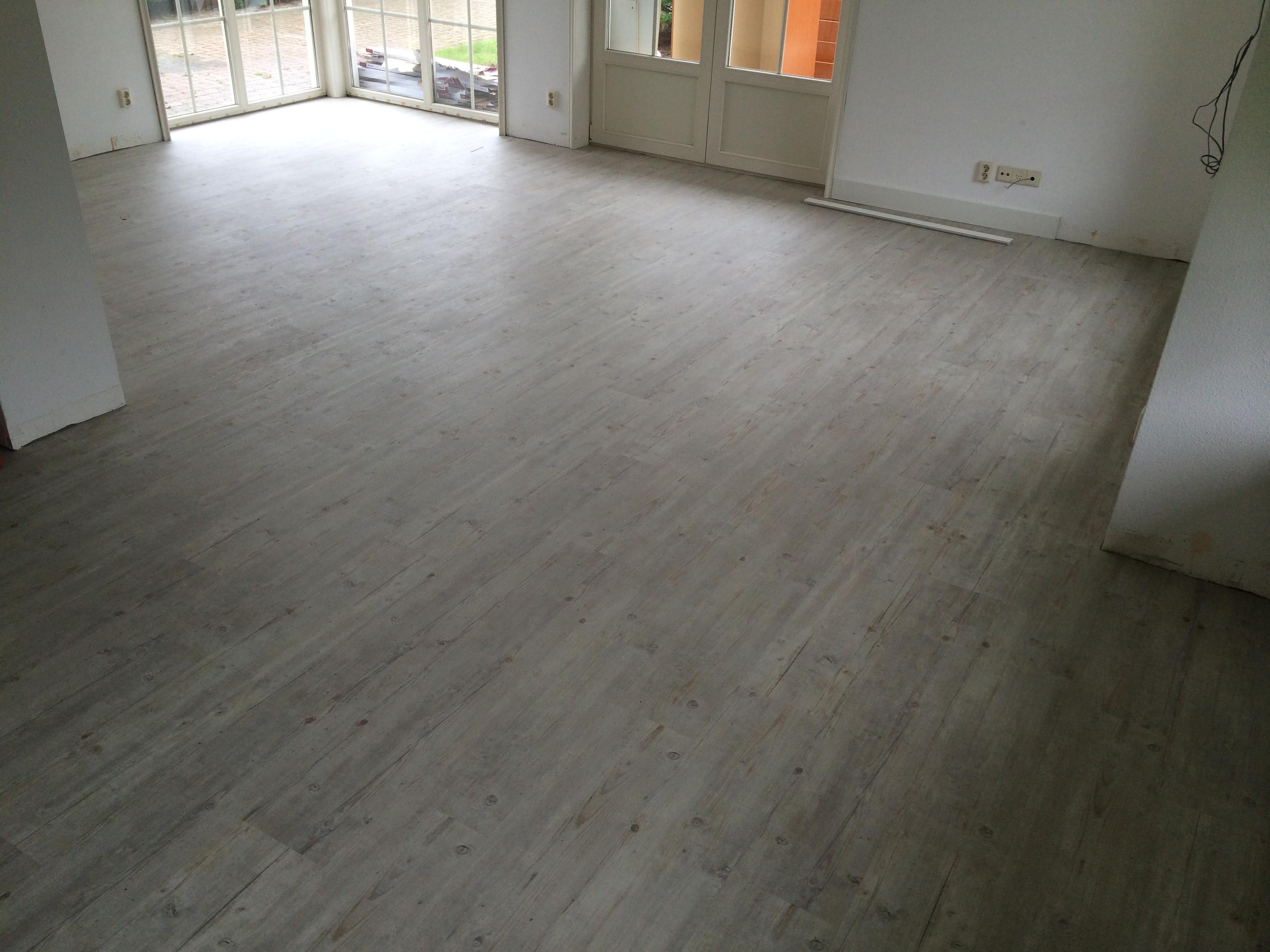 Pvc Vloer Repareren : Pvc vloeren en laminaat parket vloer schuren leiden